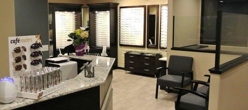 BellePlaineEyecare_Office1-1170x521.jpg