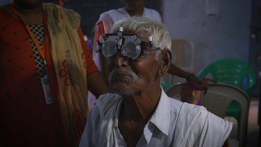 CovalentCareers Joins iCAREforINDIA On Optometry Mission Trip